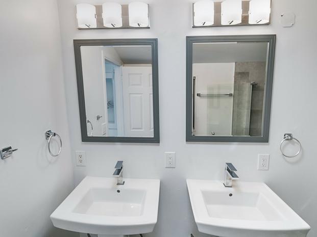 Penthouse Bathroom (Website)